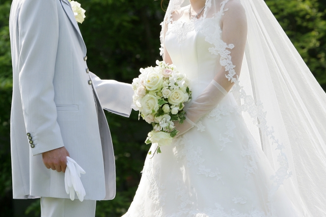 山里亮太の結婚指輪の値段は?結婚式はどこ?蒼井優との共演作品は?2